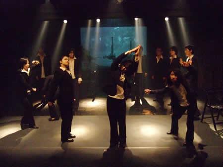 「黒縁のアテ」公演