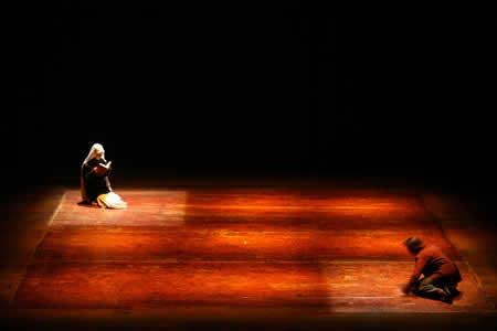 「囚われの身体たち」公演2