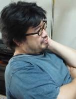 鈴木励滋さん