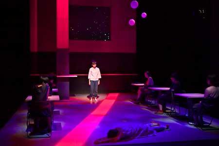 「現在地」公演の写真2
