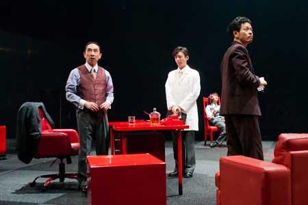 「温室」公演の写真2