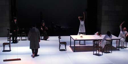 「かもめ」東京公演の舞台写真1