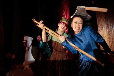 「バーニングスキン」公演の写真1
