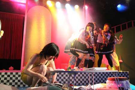 「鬼畜ビューティー」公演の写真1