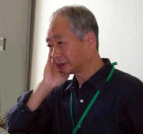 岡安伸治さん