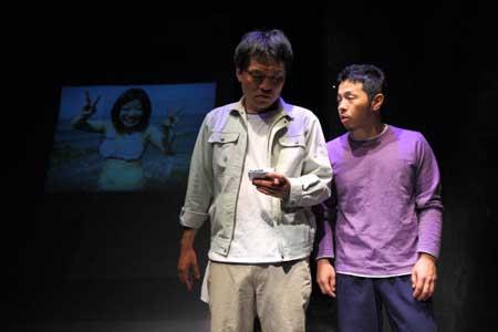 「雑音」公演の舞台写真1