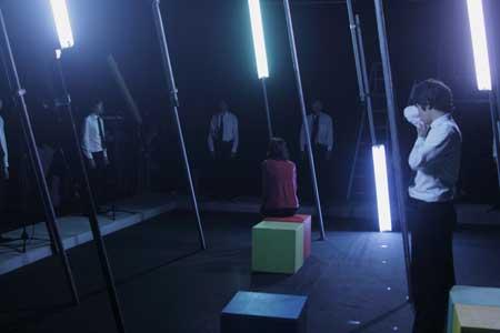「明日を落としても」公演の写真2