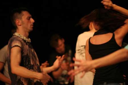 「Romanian Dance History 3」公演の舞台写真2