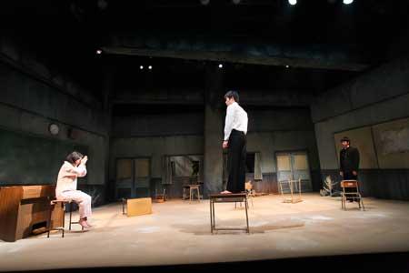 「テトラポット」公演の舞台写真3